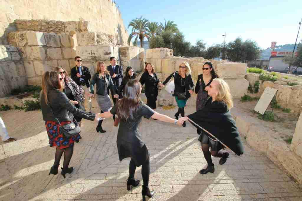 Bat Mitzvah tour in Israel: Dancing women celebrating