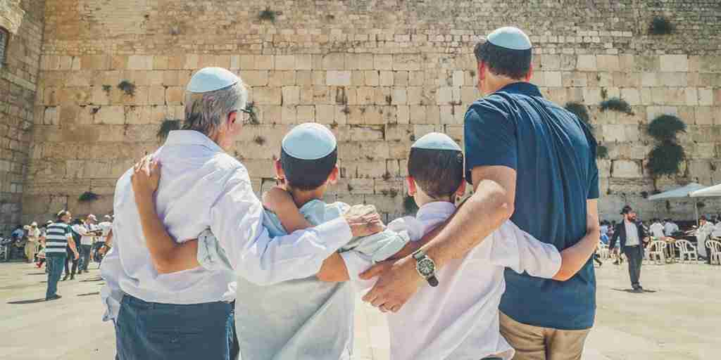 Bar Mitzvah Tour in Israel: Your adventure starts with Dekel Tours